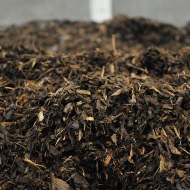 Les écorces d'épicéa Minett Kompost, un matériau de couverture pour le sol